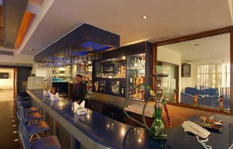 NKMs Grand - Bar - 4
