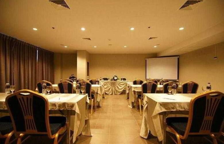 Page 10 Hotel Pattaya - Conference - 10