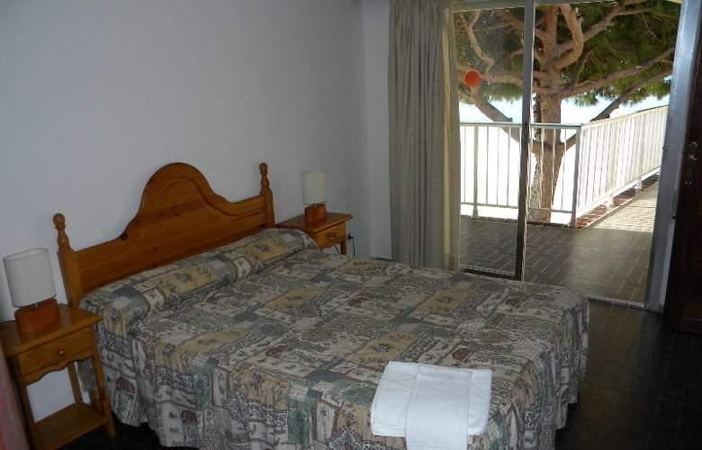 DMS 5 - Room - 3
