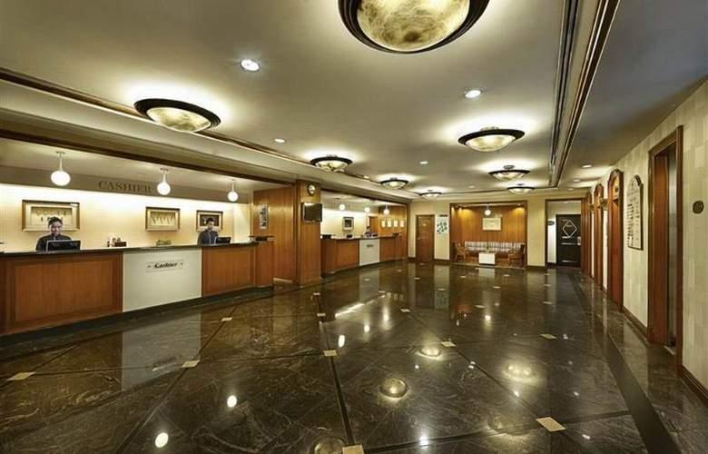 Berjaya Georgetown Hotel Penang - General - 9