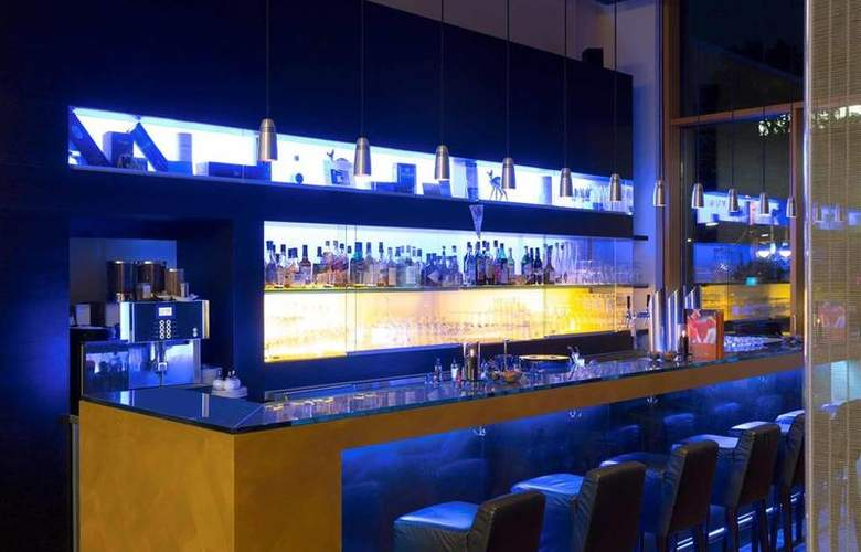 Novotel Karlsruhe City - Bar - 43