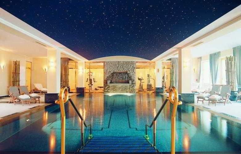 Grandhotel Schloss Bensberg - Pool - 6