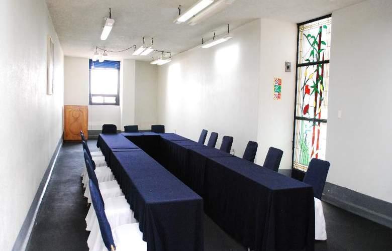 Aristos Puebla - Conference - 38