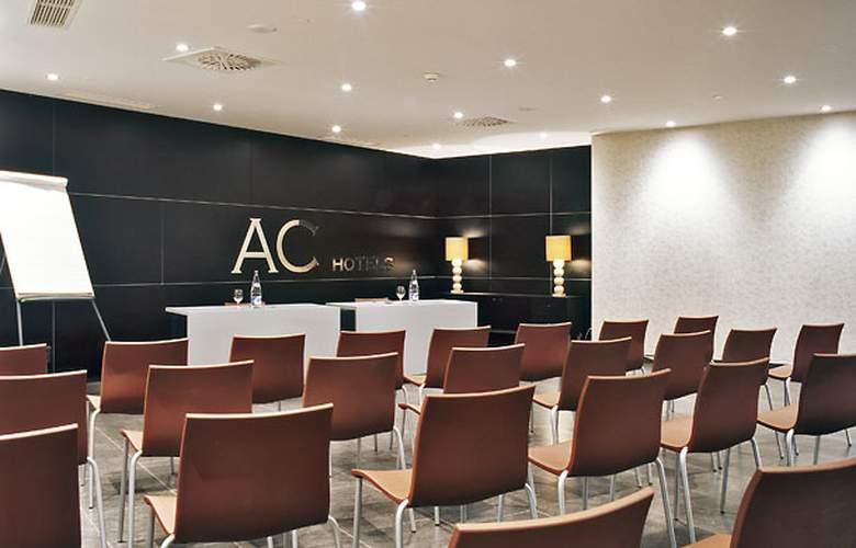 AC Gijon - Conference - 13