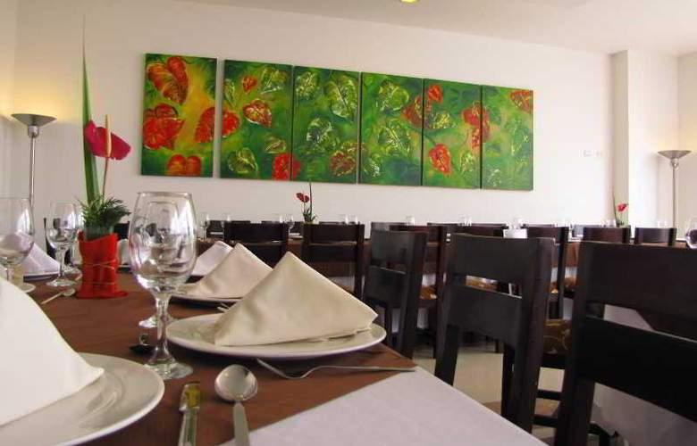 Varuna Hotel - Restaurant - 22