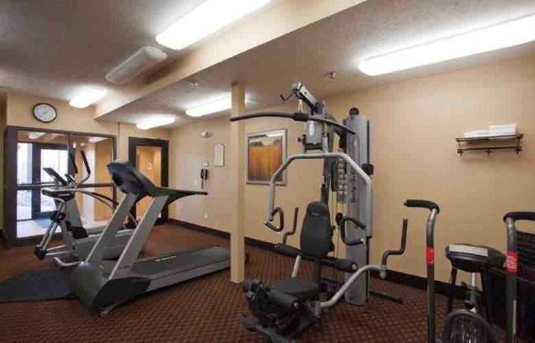 Best Western Plus Grand Island Inn & Suites - Hotel - 38