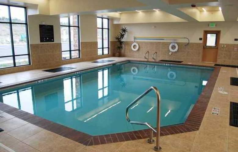 Hampton Inn & Suites Folsom - Hotel - 4