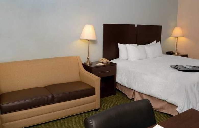 Hampton Inn Sanford - Room - 4