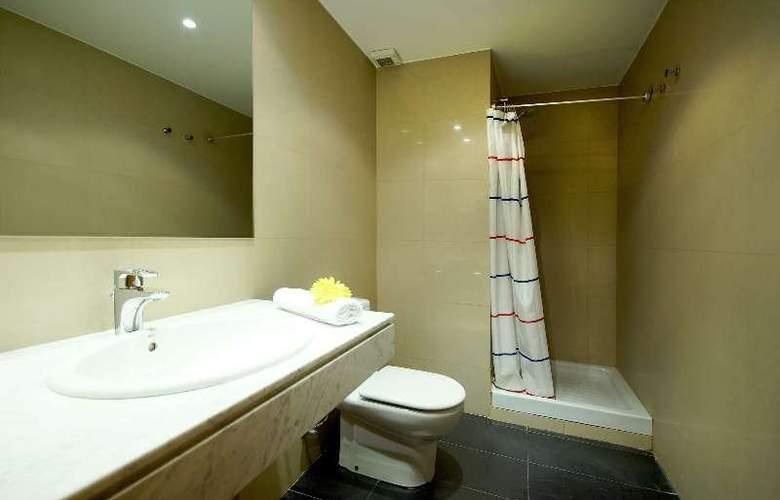 Barcelona Suites - Room - 8