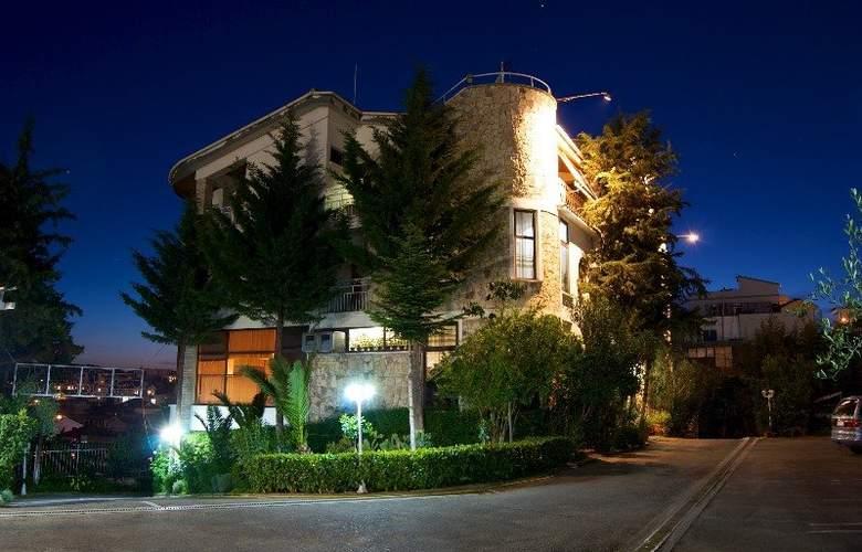 Baron - Hotel - 6