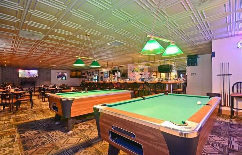 Best Western Premier Grand Canyon Squire Inn - Bar - 135