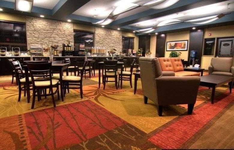 Best Western Plus The Inn At St. Albert - Hotel - 15
