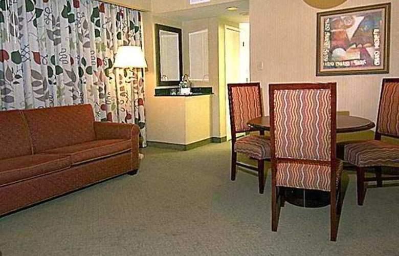 Embassy Suites Secaucus/ Meadowlands - Hotel - 8