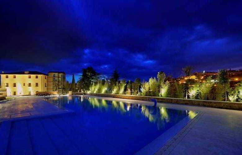 Etruria Resort & Natural Spa - Pool - 6