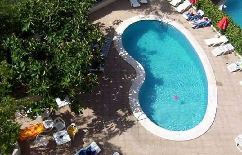 Don Gregorio - Pool - 2