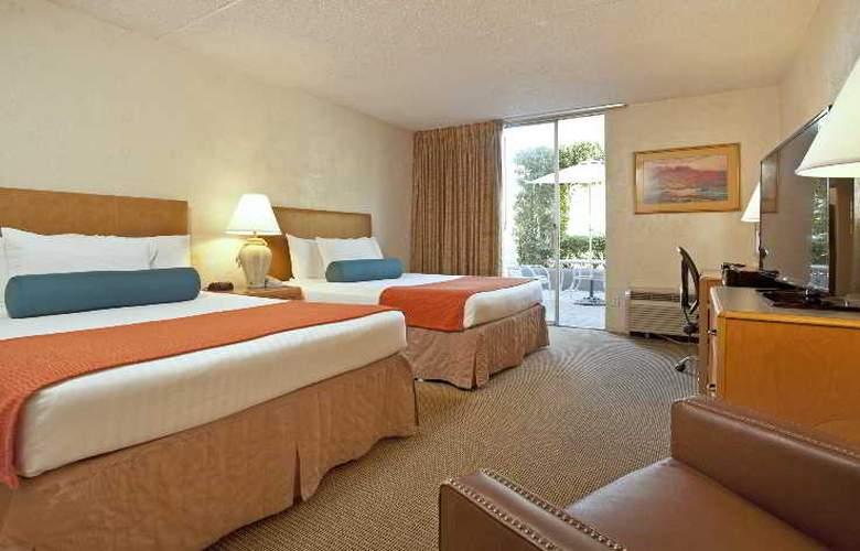 Riverpark Inn - Room - 8