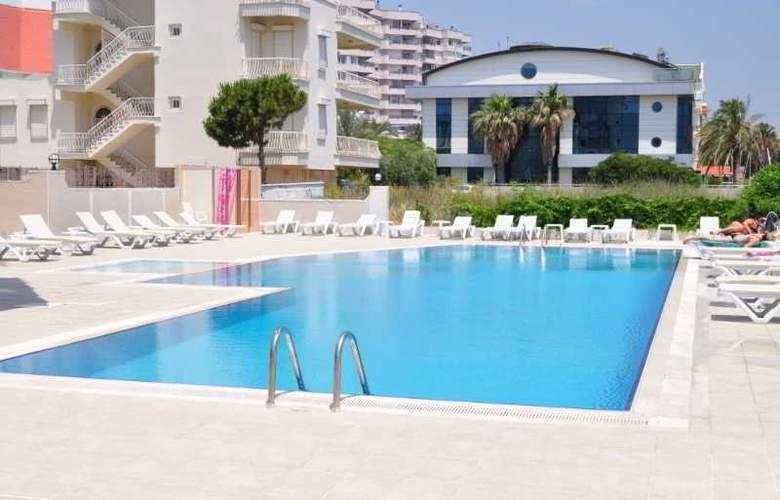 Antalya Palace - Pool - 9