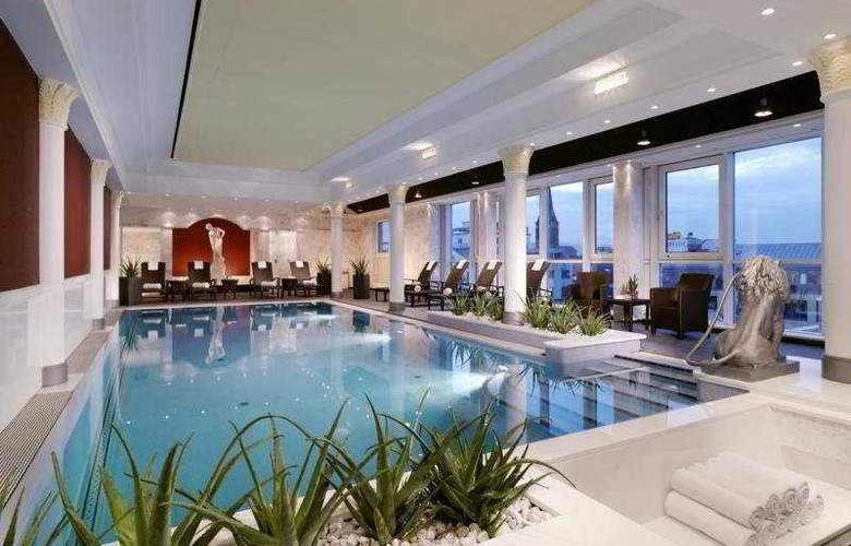 The Westin Grand Frankfurt - Pool - 5