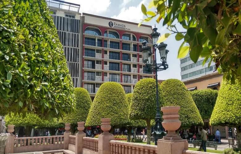 Ramada Plaza León - Hotel - 0