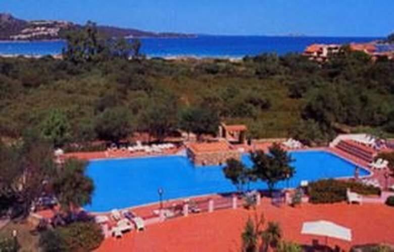 Colonna Beach Hotel & Residence - Pool - 2