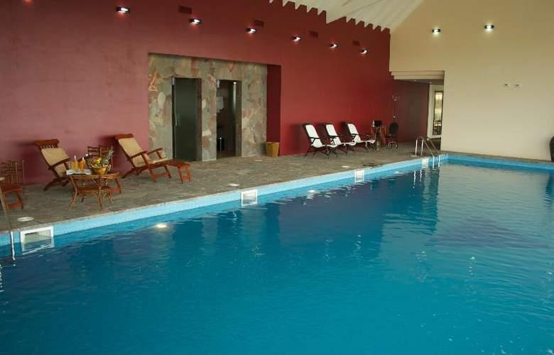 Alto Calafate Hotel Patagonico - Pool - 31