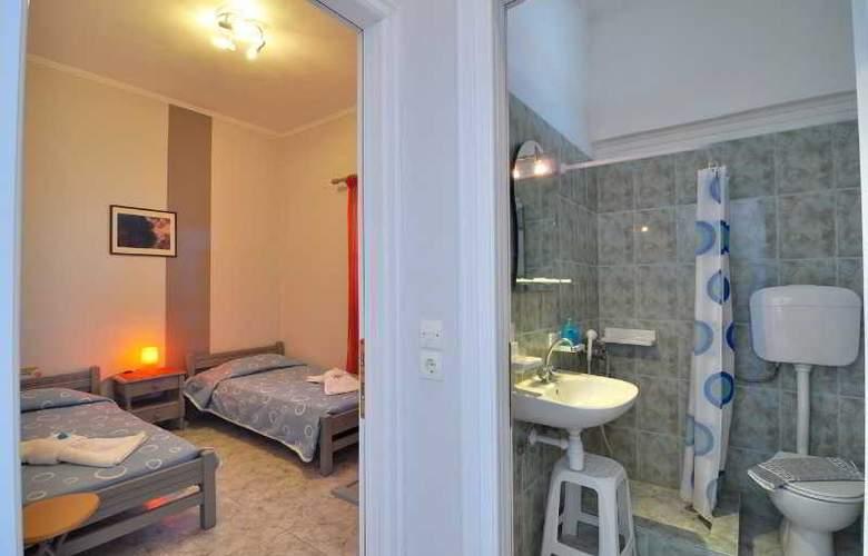 Aivaliotis Studios - Room - 9
