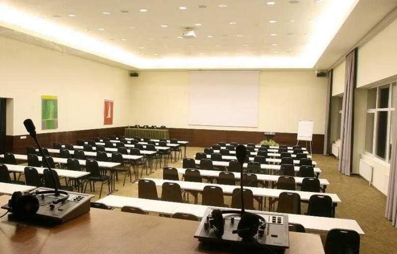 Panorama Vilna - Conference - 10