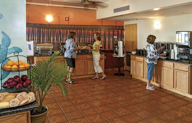 Best Western Plus Oceanfront Virginia Beach - Restaurant - 44
