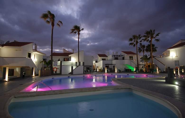 Villa Florida - Pool - 8