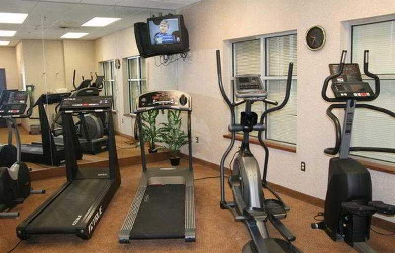 Humphry Inn & Suites Winnipeg - Sport - 4