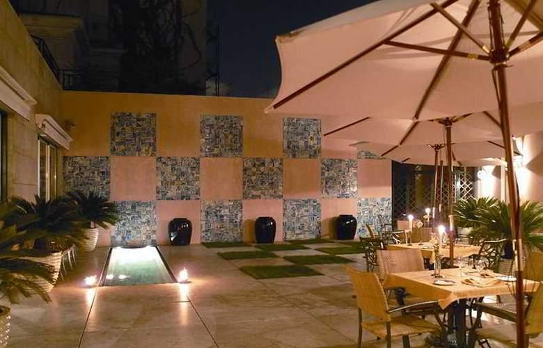 Real Palacio - Terrace - 7