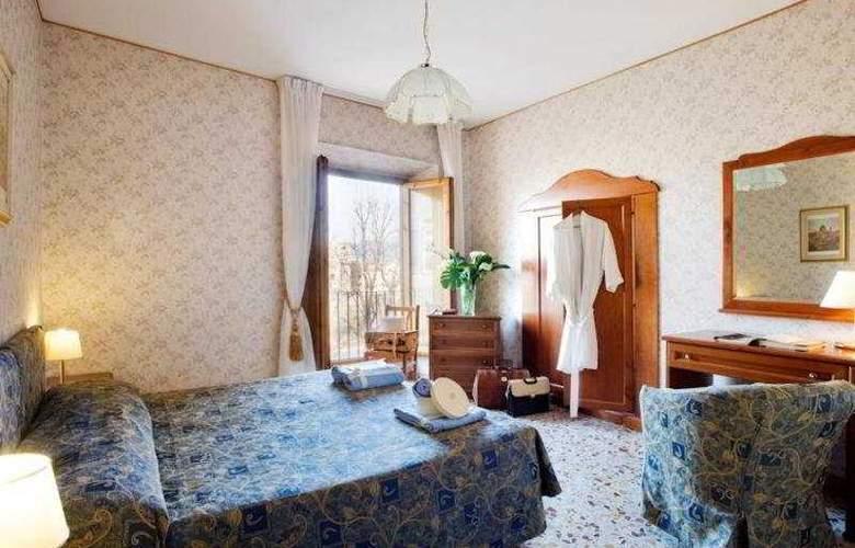 Silla  - Room - 2