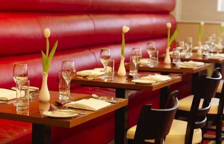 Academy Plaza - Restaurant - 36