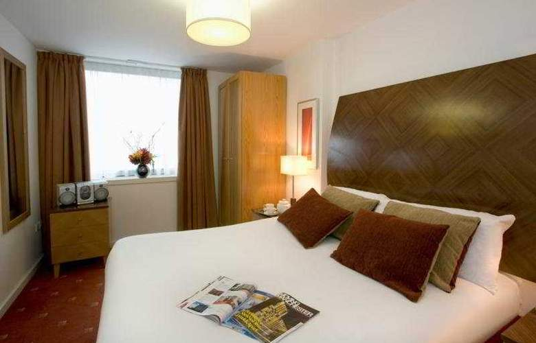 Premier Apartments Manchester - Room - 2