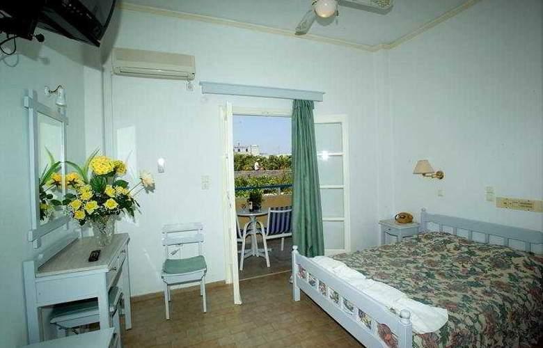 Avra Santorini - Room - 6
