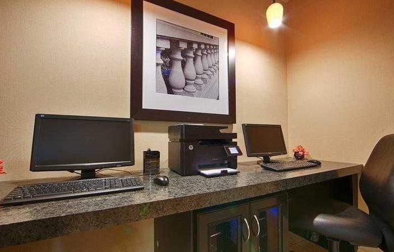 Best Western Columbus - Hotel - 13