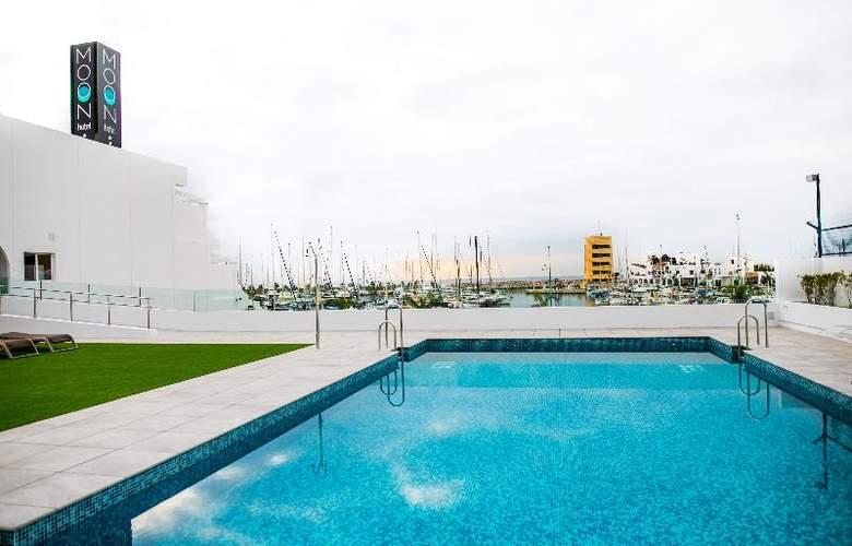 Moon Hotel & SPA - Pool - 21