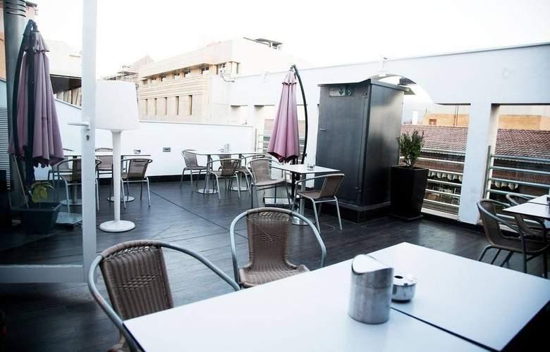 Universal Granada - Terrace - 4