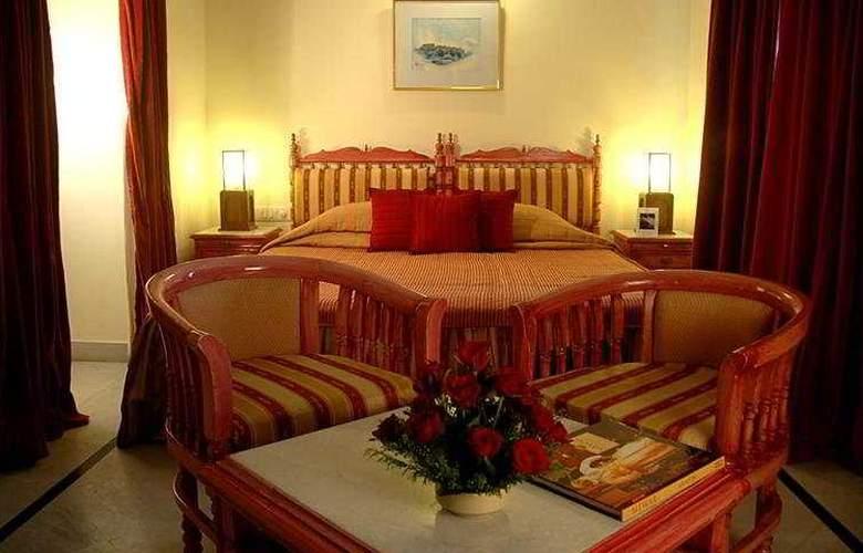 Garden Hotel - Room - 5