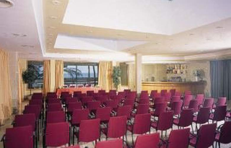 Neptuno Myseahouse - Conference - 2