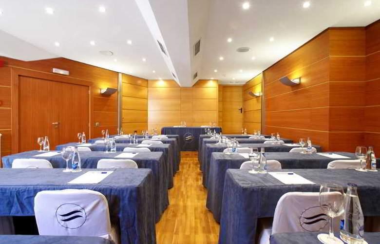 Costa Azul - Conference - 25
