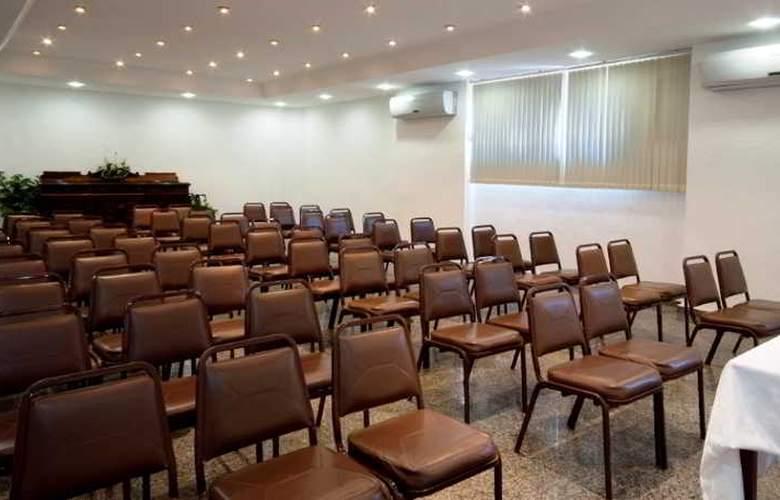 Praia Linda - Conference - 24