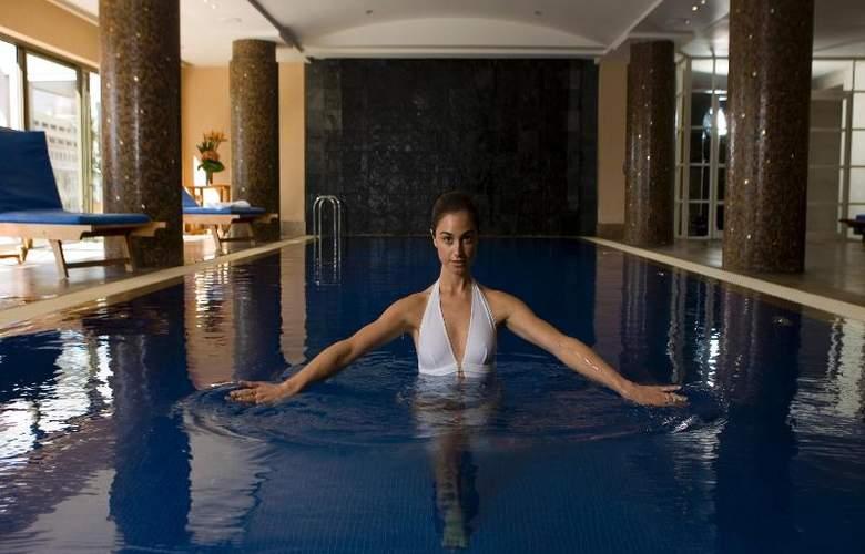 Amora Hotel Jamison - Pool - 23