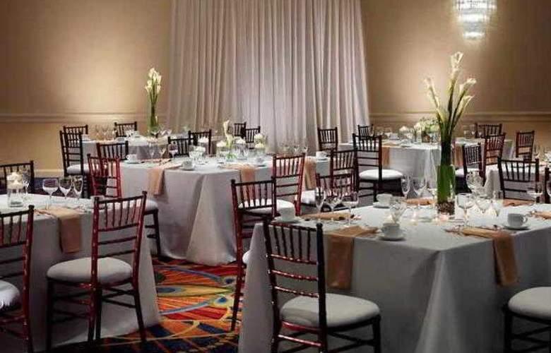 Marriott Chicago Oak Brook - Hotel - 40