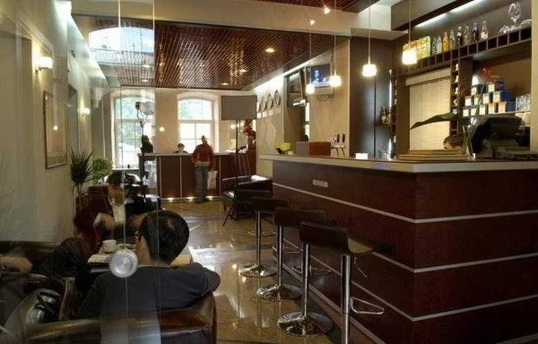 Nevsky Forum - Bar - 2