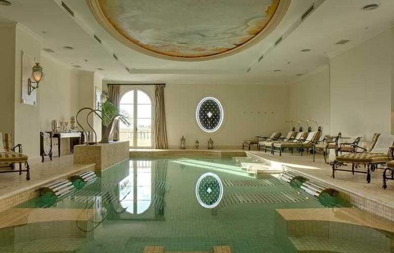 Sainte Jeanne Hotel Boutique & Spa - Pool - 7