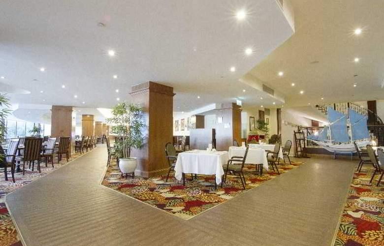 Grand Excelsior - Restaurant - 23