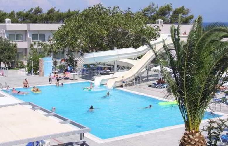Asteras Resort - Pool - 10
