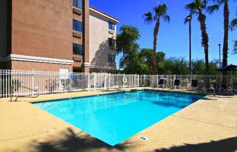 Comfort Inn Chandler - Phoenix South - Pool - 3