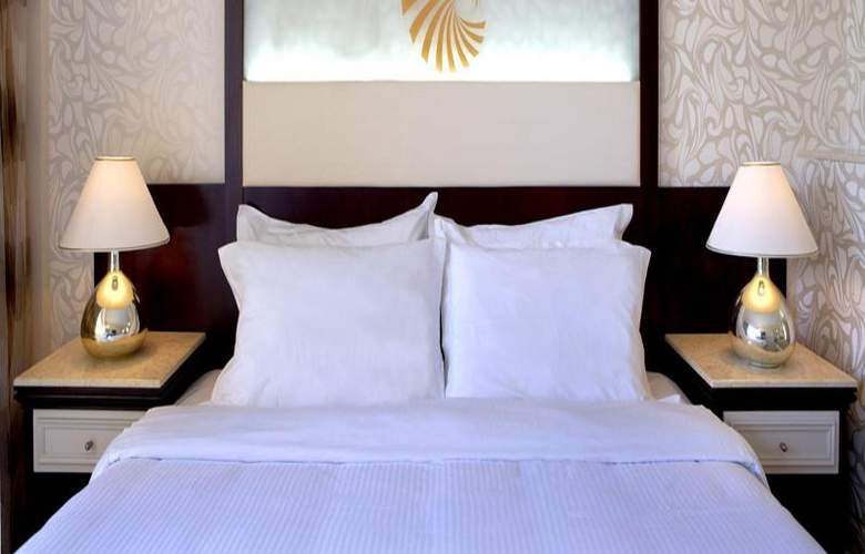 Sunshine Rhodes - Room - 12
